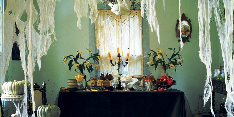 Halloween Decoration Ideas, Halloween Ideas, Halloween house, Martha Stewart home inspiration ideas